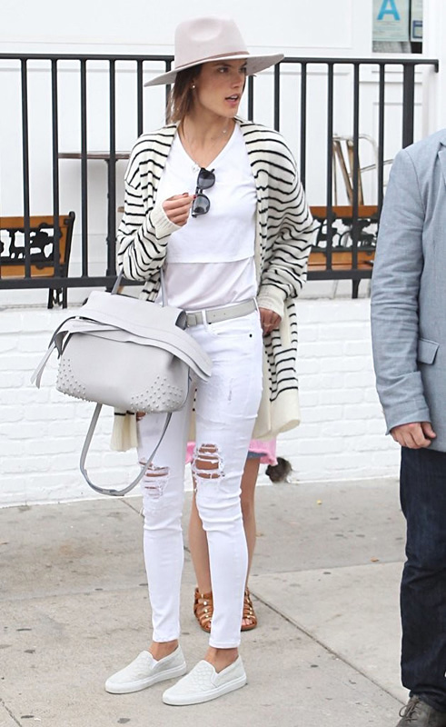 Alessandra Ambrosio wearing Tods wave bag