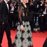 Kristen STEWART con look de Chanel durante la 69 edición del Festival de Cannes. Foto. Cortesía de Chanel
