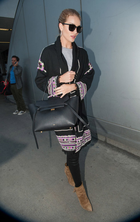 Rosie Huntington-whiteley wearing céline belt bag