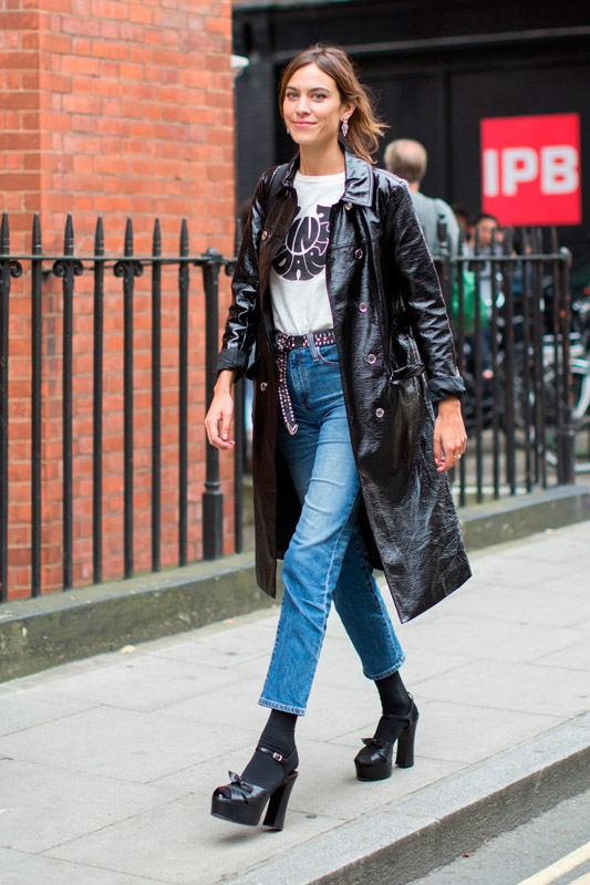 alexa chung wearing denim jeans and leather coat