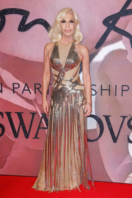 donatella-versace-attends-the-fashion-awards-2016