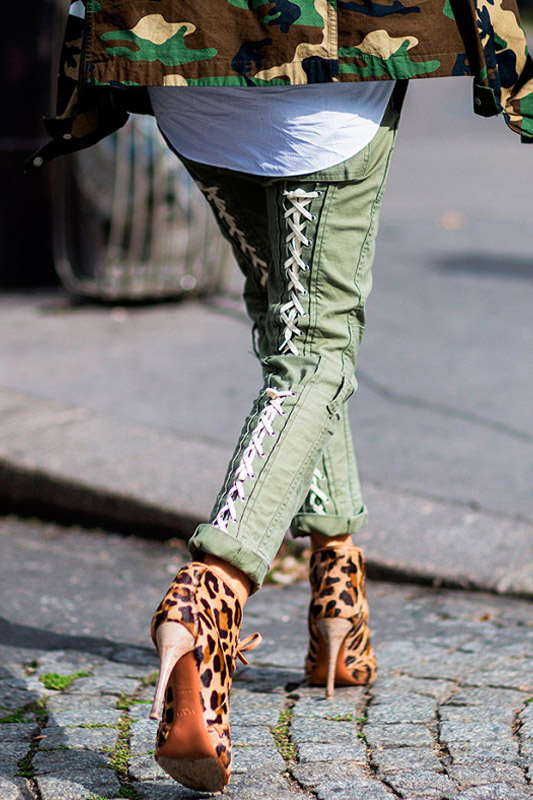 lace up trousers street style