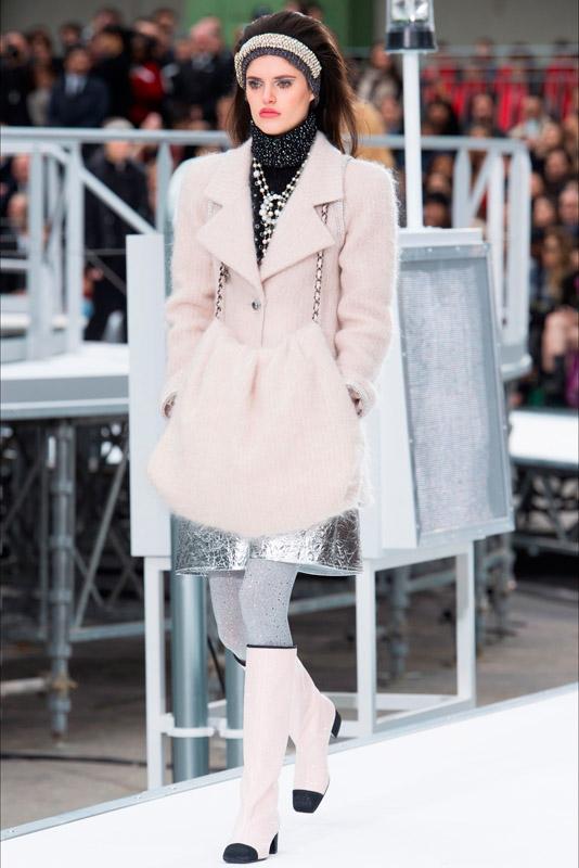 e10de9bee7f9 Chanel colección otoño-invierno 2017-2018 (10) - Study Of Style