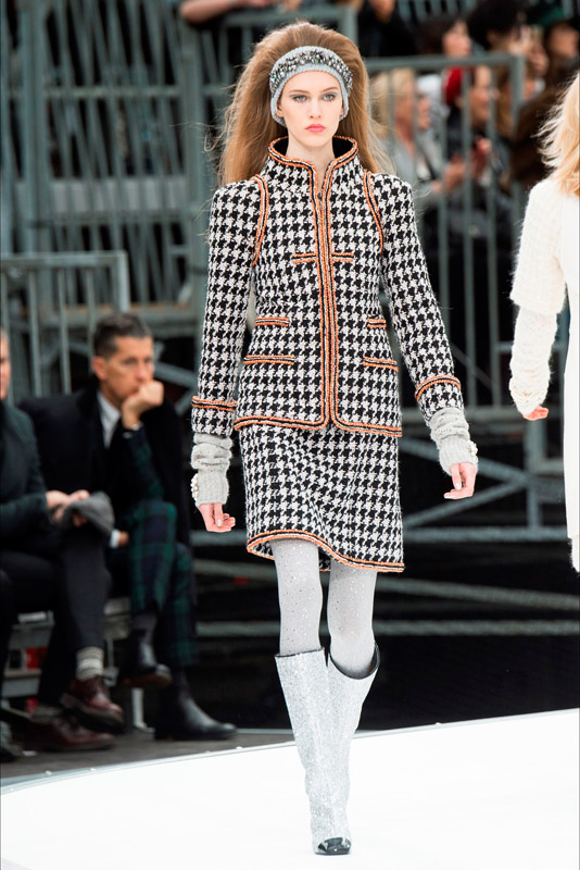 Chanel fall/winter 2017/2018 paris fashion week