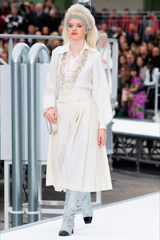 Chanel fall/winter 2017/2018 paris fashion week
