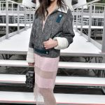 celebrities en el desfile de Chanel en Paris fashion week 2017