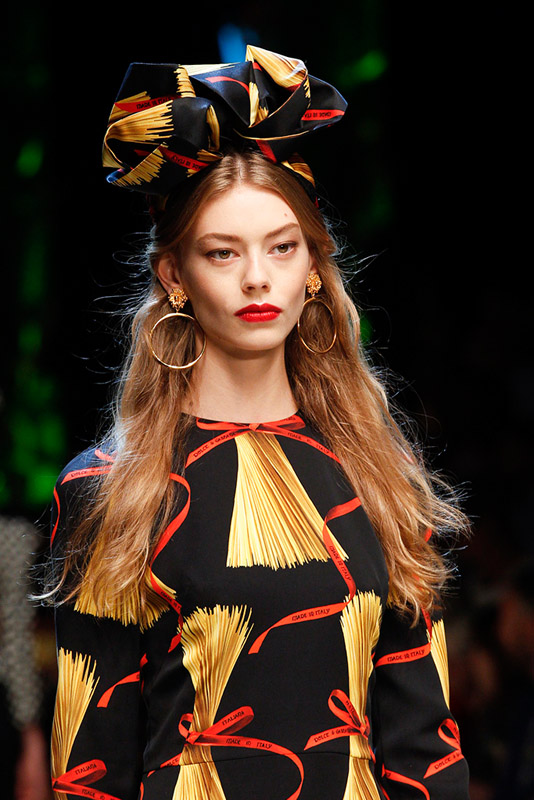 Pendientes XXL primavera/verano 2017 Dolce Gabbana