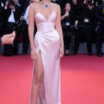bella hadid in cannes 2017 red carpet