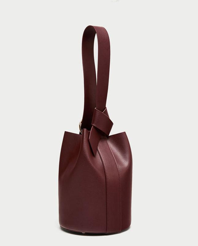 Zara tendencias en bolsos invierno 2017/18 streetstyle