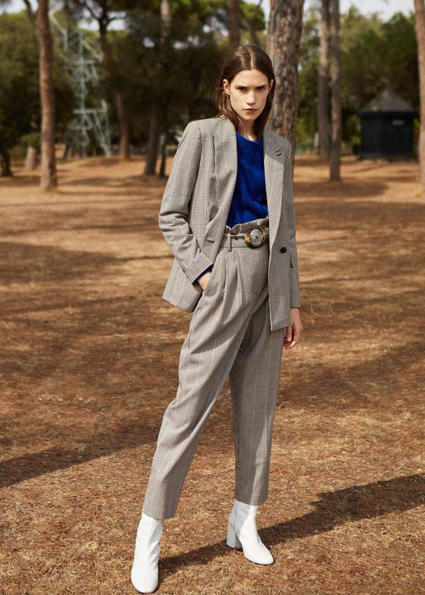 bloggers chaqueta y pantalón de cuadros de mango