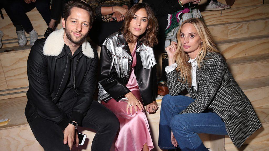 celebrities en el desfile de miu miu en paris fashion week octubre de2016