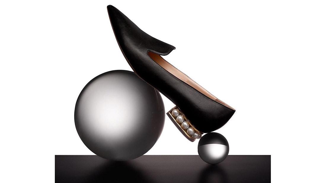 zapatos con perlas de nicholas kirkwood casati pearl