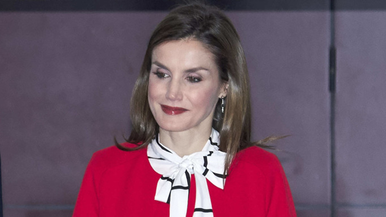 queen letizia of spain in zara coat