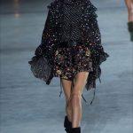 kaia gerber paris fashion week